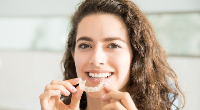 Right Way to Use Your Clear Aligners in 2020