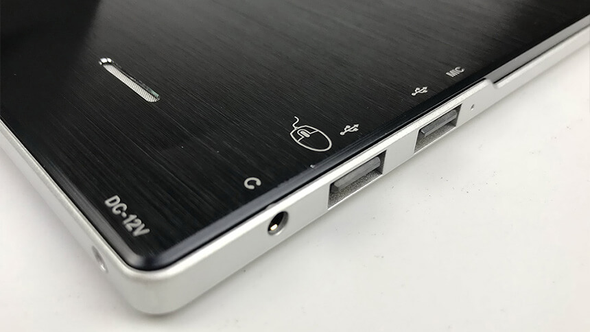 Labomed iVU Touch Screen USB Ports
